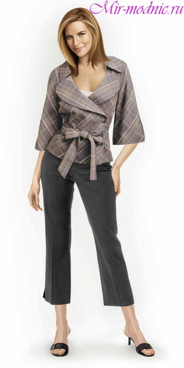 Το θρυλικό στοιχείο γυναικεία ντουλάπα εμφανίστηκε το 1954. Ήταν τότε η  Coco Chanel στο Παρίσι αναβίωσε το σπίτι της μόδας της και απελευθέρωσε τις  γυναίκες ... 7cf8760c92b