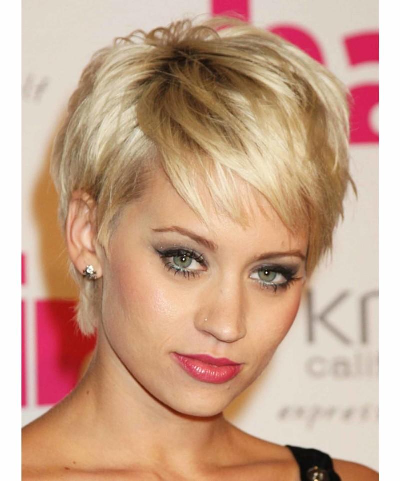 Betapa Cantiknya Meletakkan Rambut Pendek Itu Sendiri Bagaimana - Hairstyle buat rambut pendek