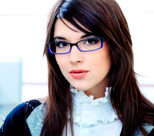 3b0409451 ... بالأطر الطبية ، يجب عليك أولا الانتباه إلى جودتها. هنا على المحك هو  صحتنا ، وراحة أعيننا وراحتنا الخاصة. لذلك ، يجب عليك دائما اختيار النظارات  الخاصة ...