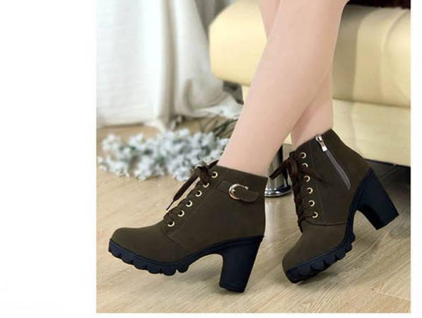 24e3a0066c Μοντέρνα παπούτσια σε σφήνα και πλατφόρμα φθινόπωρο-χειμώνα 2016-2017