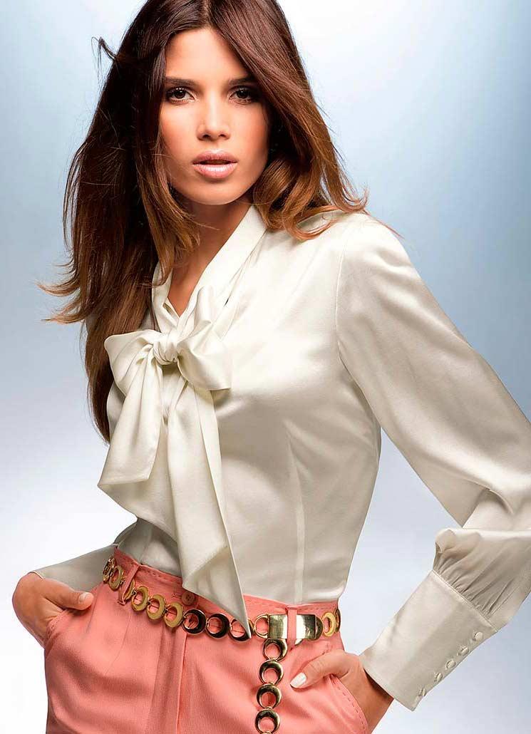 5a171591868 Шелковые белые блузки. Женские шелковые блузки  от деловых до романтичных  фасонов.