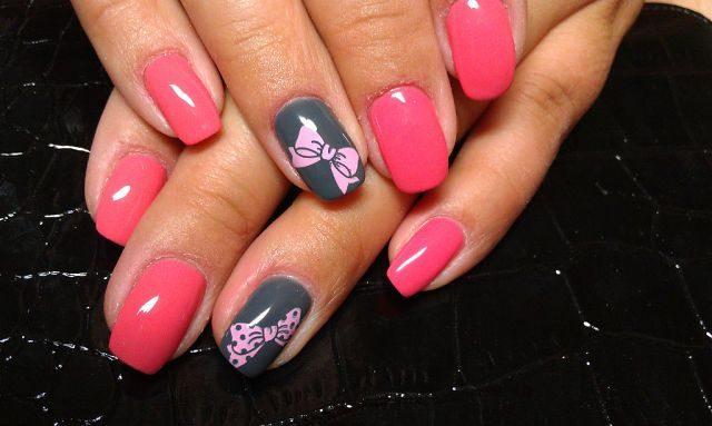 Фото шеллака на ногтях с рисунком