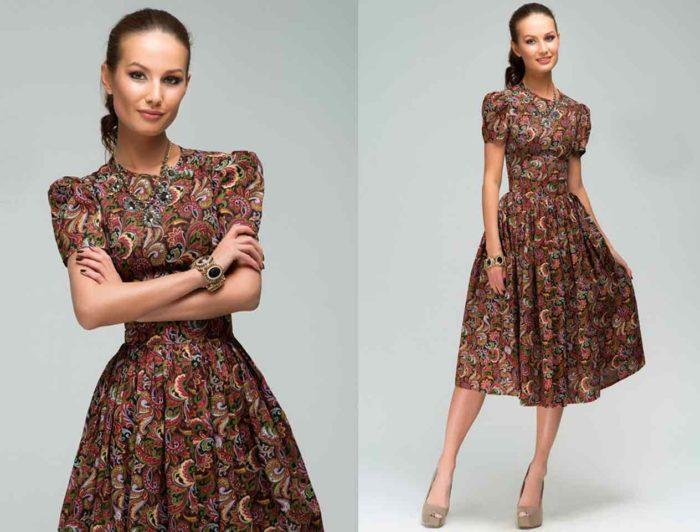 e9c65b61188c Αυτό το μοντέλο πηγαίνει στις τάσεις μόδας των φορέματα 2018 για κάθε μέρα.  Μια τεράστια επιλογή χρωμάτων (κυρίως μαλακών αποχρώσεων)