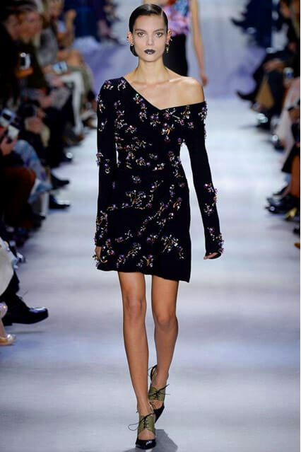 Casual ρούχα. Γυναικεία φορέματα καθημερινότητας. e87f7412edd
