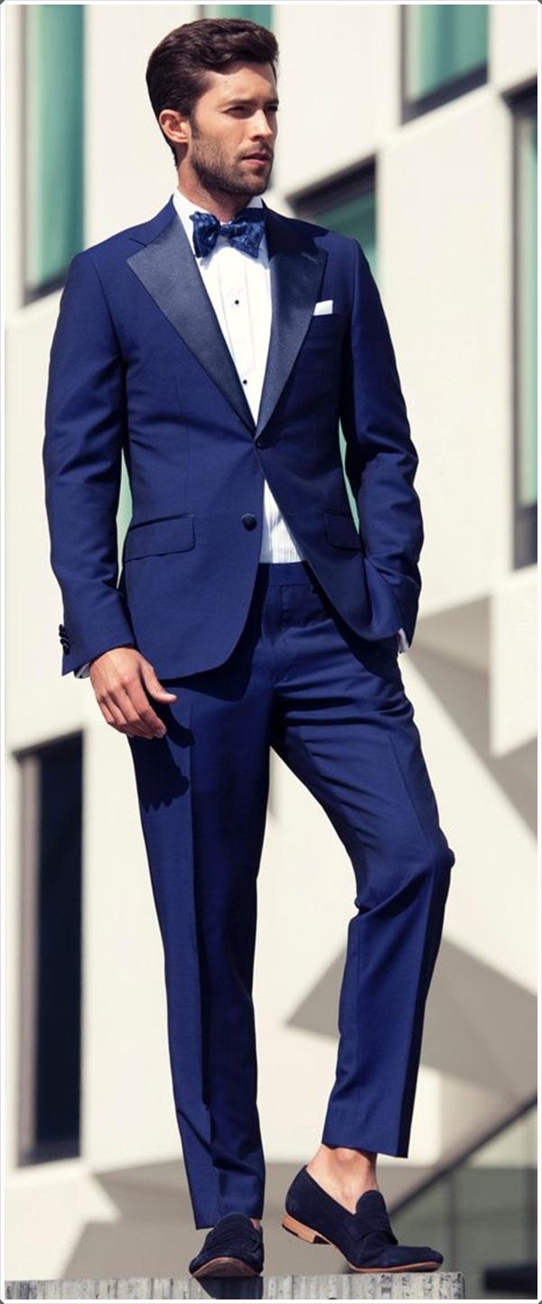 4b3f5e260 S jakou kombinací je modrý oblek kombinován. Které boty si vyberte ...