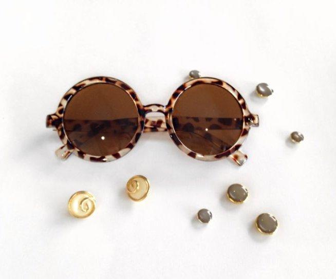 8d17958300 Ποια ποτήρια είναι δημοφιλή για το έτος. Γυναικεία γυαλιά ηλίου.